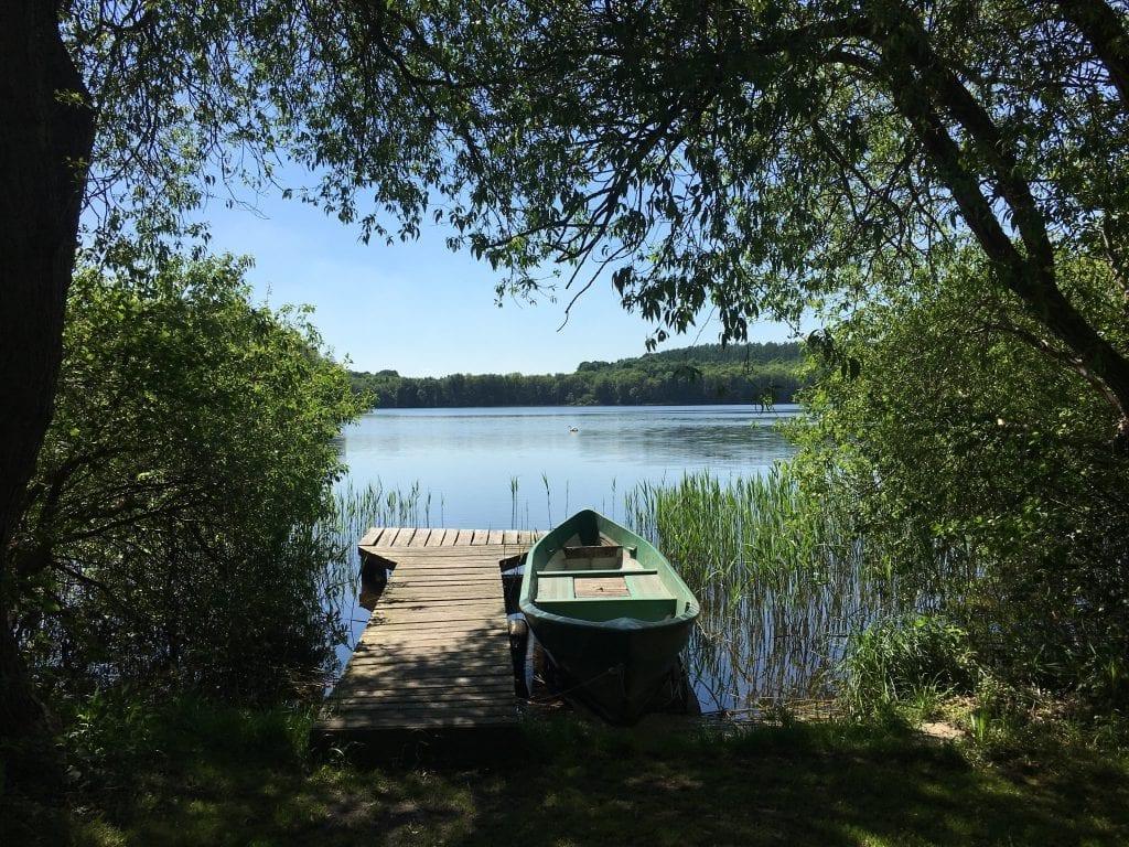 Der kleine Steg in Dutzow - auf der Radtour um den Schaalsee