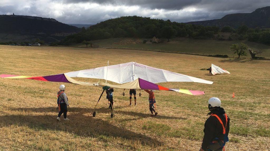 Drachenfliegen lernen leicht gemacht - in Milan ist das möglich