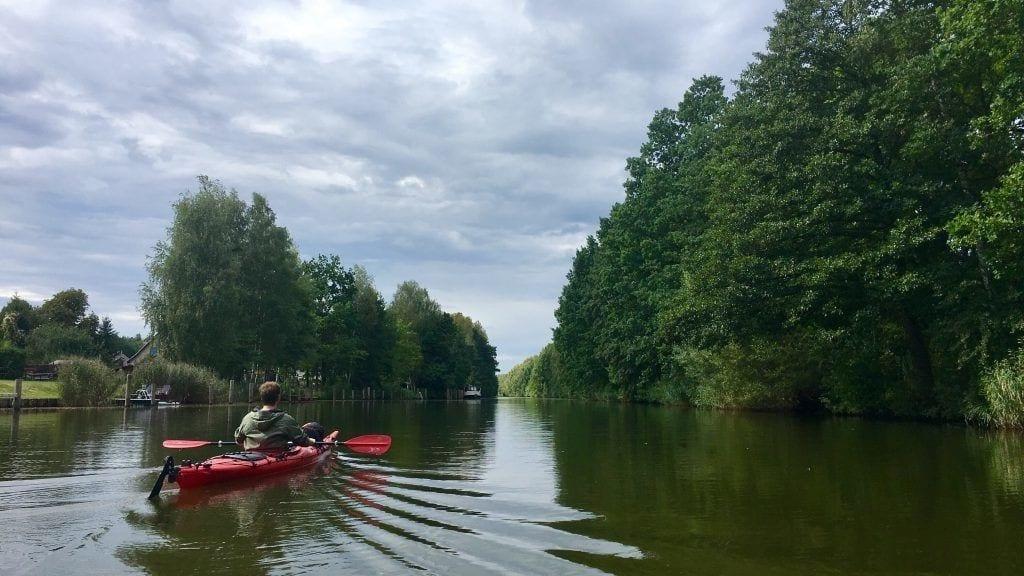 Wasserwandern an der Müritz: Auf dem Mirower Kanal