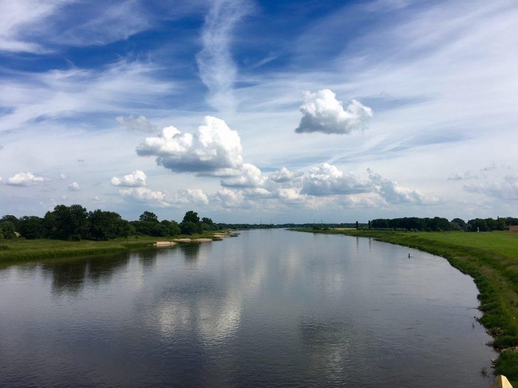 Blick von der Elbbrücke Barby über die Elbe