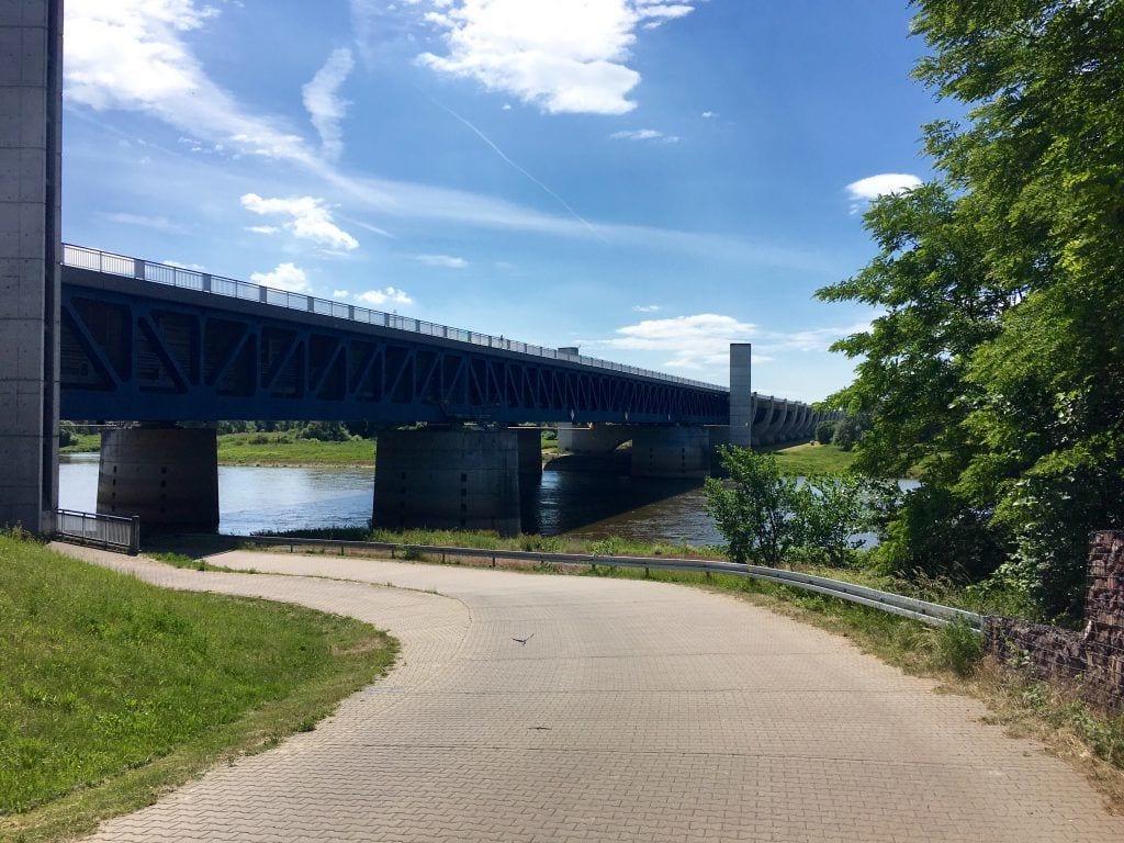Die Trogbrücke am Wasserstraßenkreuz Magdeburg/Hohenwarthe