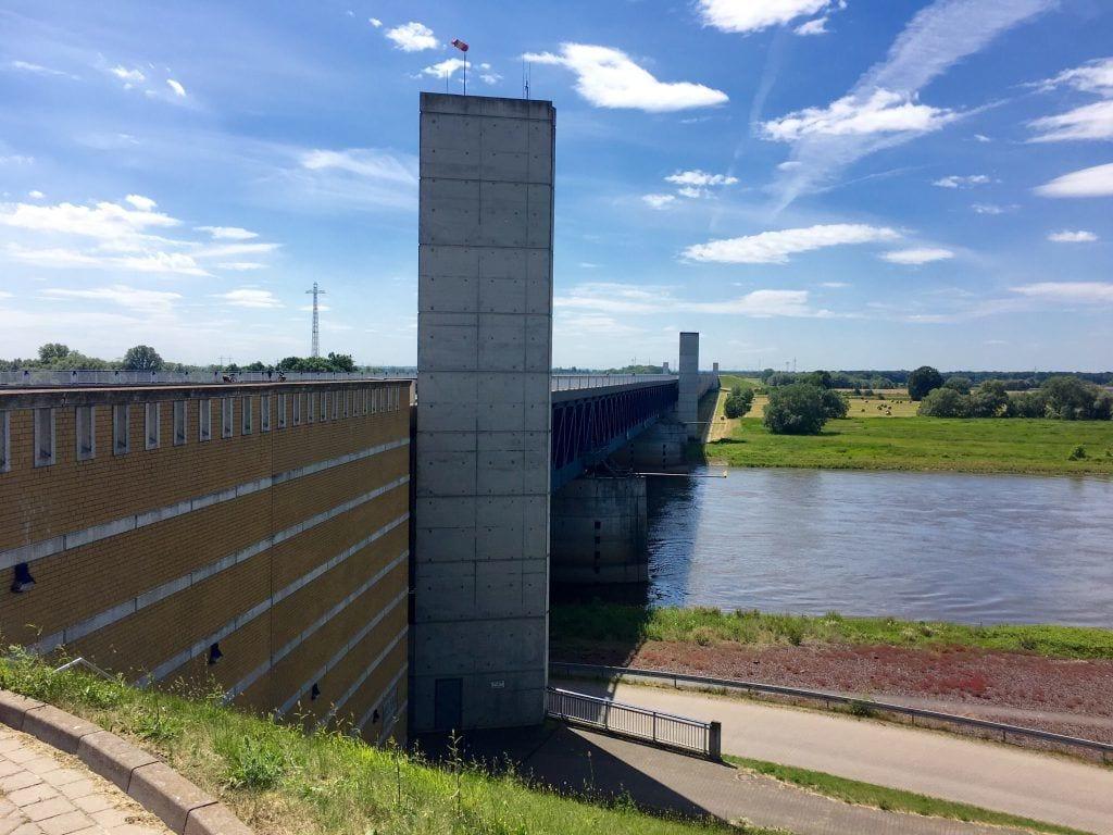 Gigantisches Bauwerk - Das Wasserstraßenkreuz Magdeburg/Hohenwarthe