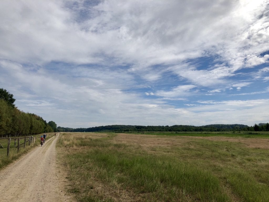 Los geht´s: Der Ostseeradweg kurz hinter dem Priwall