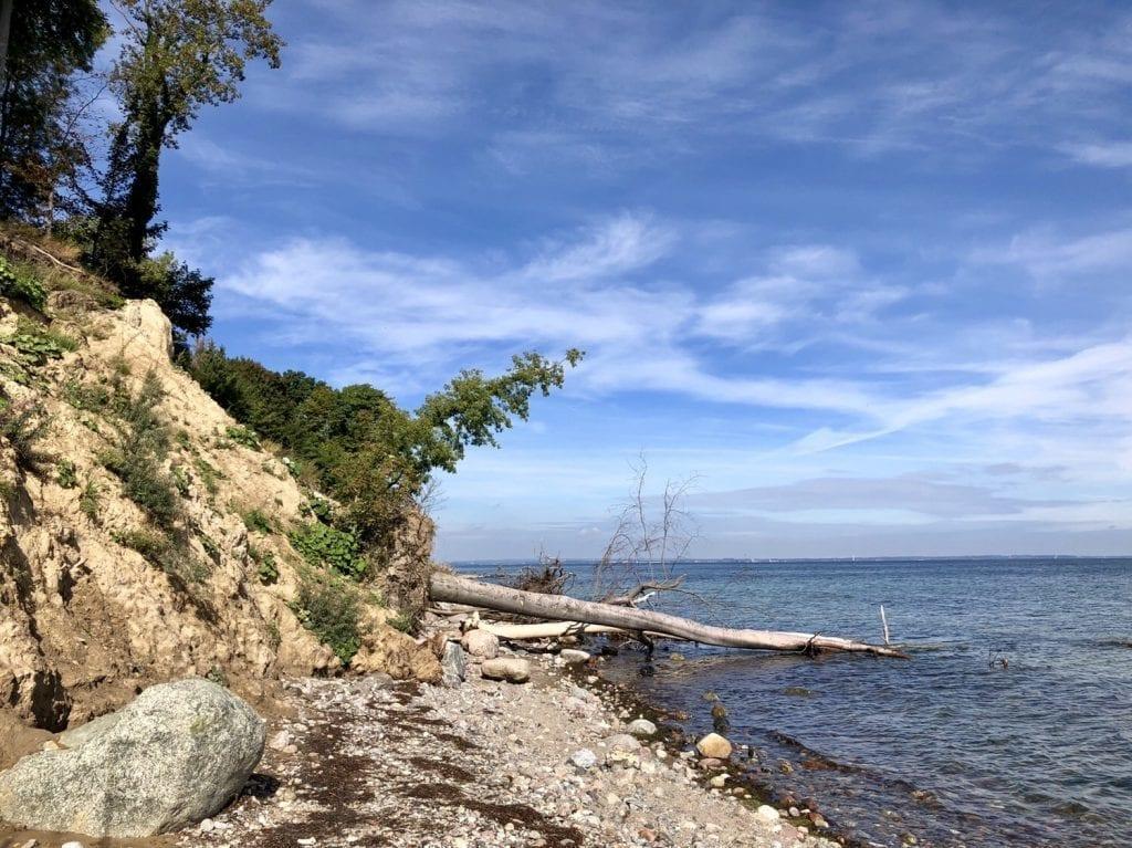 Wandern an der Ostsee: Naturstrand und Steilufer zwischen Travemünde und Niendorf