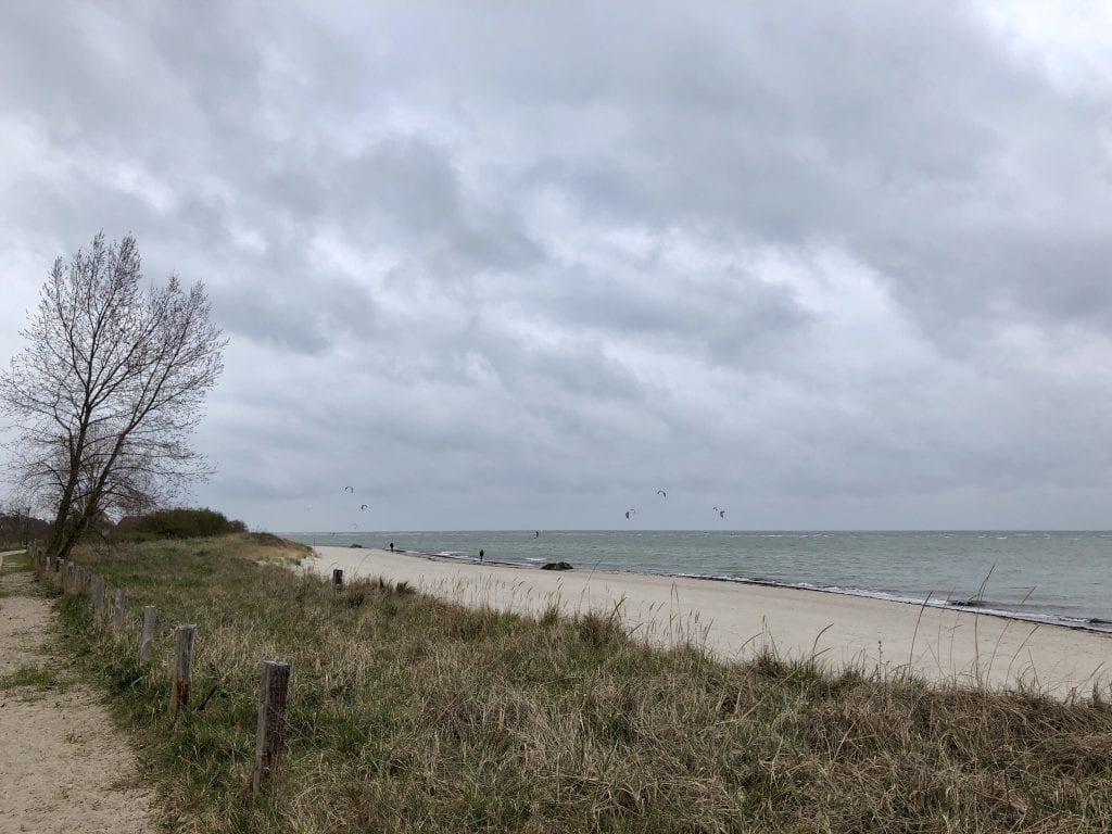 Der flache Strand in Pelzerhaken