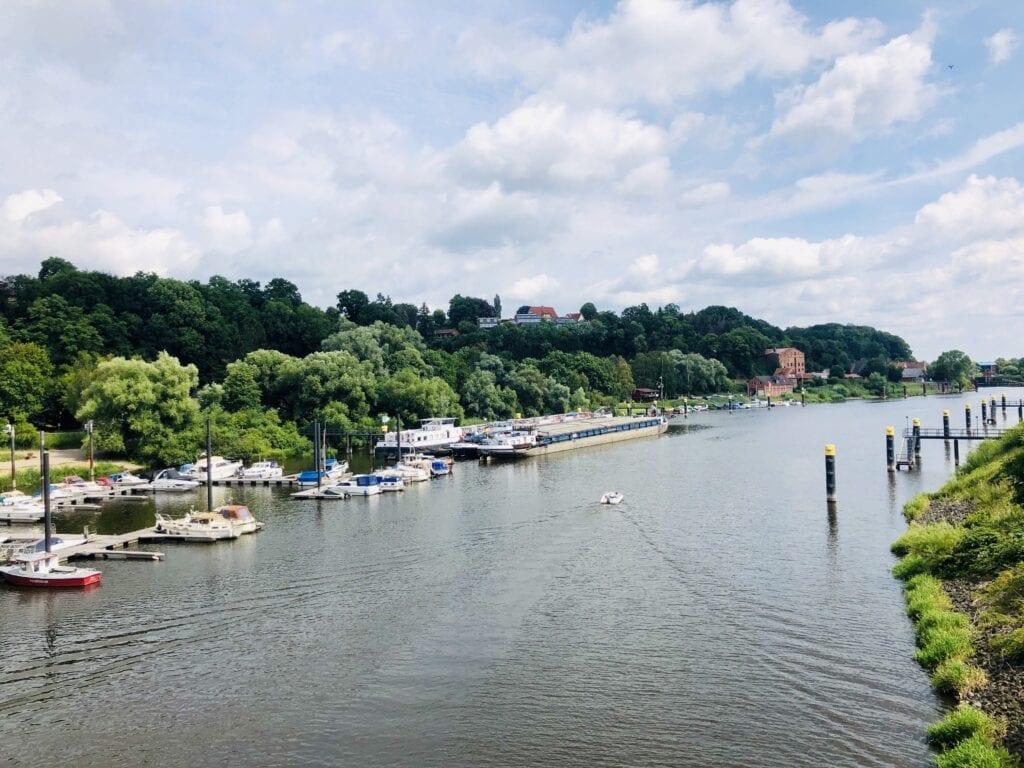 Blick auf den Elbe-Lübeck-Kanal in Lauenburg