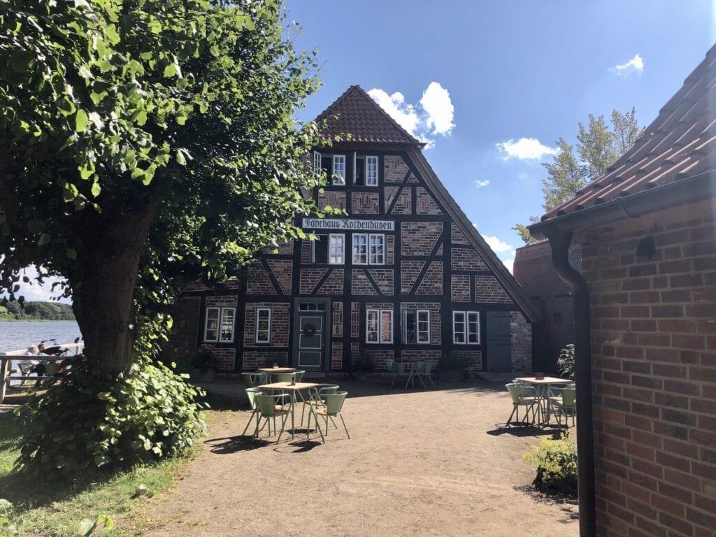 Das Fährhaus Rothenhusen am Ratzeburger See