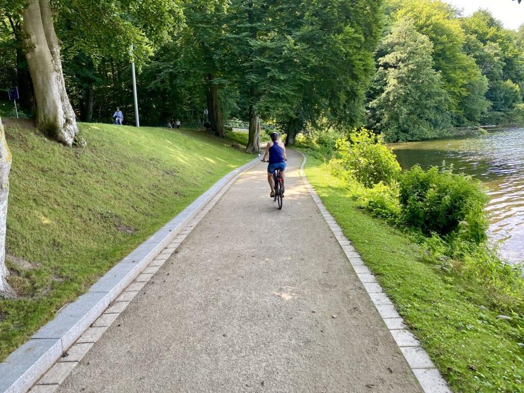 Der Ufer-Radweg am Dieksee in Malente